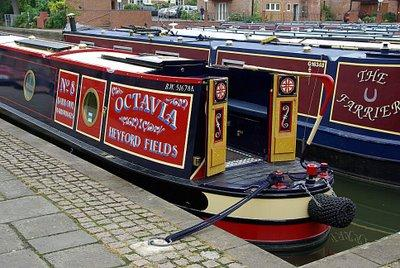 narrowboat electrics